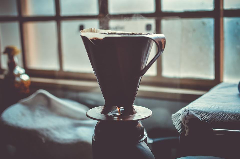 Kaffee aufschütten Handfilter